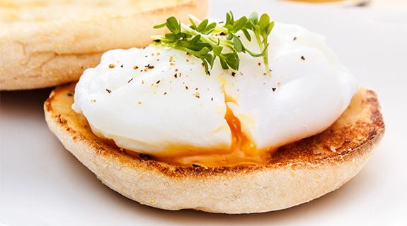 Poširana jaja iz formica za muffine