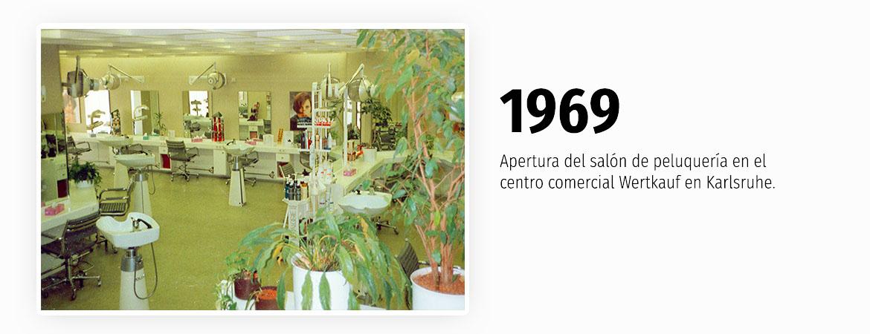 1969 - Apertura primer salón de peluquería