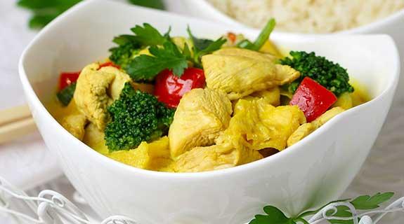 Ananas-Hähnchen-Curry