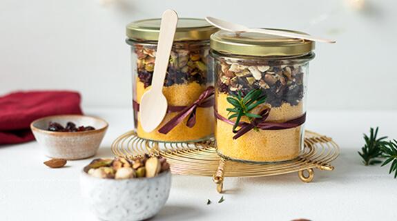 Couscous-Mischung im Glas