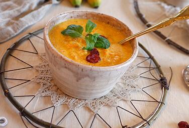 Exotische Möhren-Suppe