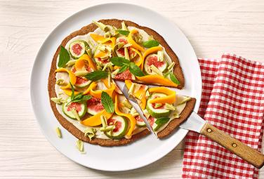 Pizza con coco y mango