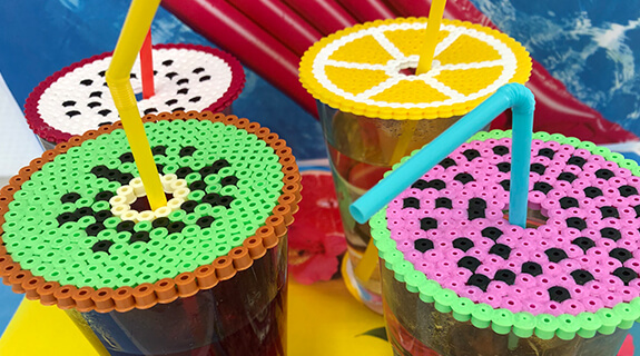 Kreativna ideja: pokrivček za poletno sadno pijačo